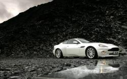 Aston Martin Wallpaper White (2)