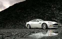 Aston Martin Wallpaper White (2)