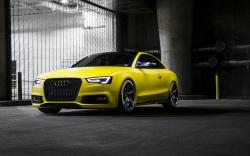 Audi RS5 Yellow Car