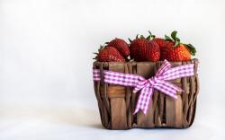 Basket Ribbon Berries Strawberries