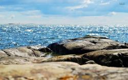 Rocks at the beach wallpaper 1920x1200