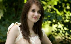 Description: Download Beautiful Emma Roberts ...