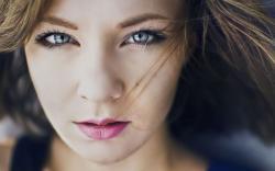 Beautiful Face Blonde Girl Photo