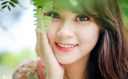 Desktop Wallpaper Of Beautiful Girls