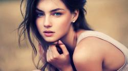 blue eyes girls beautiful image