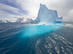 Blue Iceberg Wallpaper