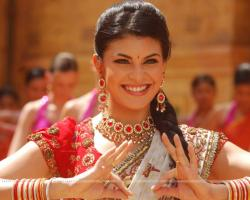 Jacqueline Fernandez looking beautiful in ethnic wear (39346) size:1280x1024