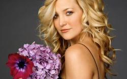 beautiful kate hudson widescreen wallpaper – 1920 x 1200 pixels – 498 kB