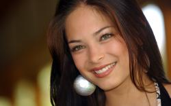1920x1200 Wallpaper kristin kreuk, smile, look, beautiful, actress