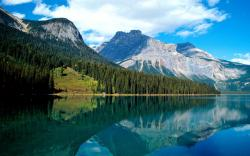 Lake Louise Background