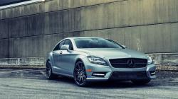 Beautiful Mercedes CLS63 Wallpaper