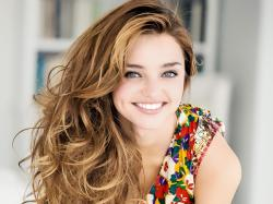 Beautiful Miranda Kerr 1 39819 HD Images Wallpapers