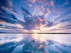 Lake With Beautiful Sky Wallpaper