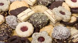 Food biscuits pretzels wallpaper