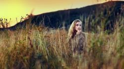 Blonde Girl Field Grass