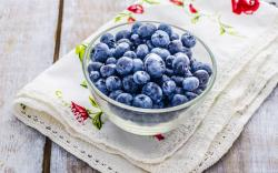 Blueberries Berries Table