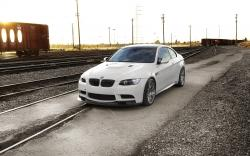 BMW M3 E92 White Railroads