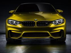 THE FRONT END. Faceted surfaces, precise contours and distinctive visual depth shape the powerfully expressive front end of the BMW Concept M4 Coupe.