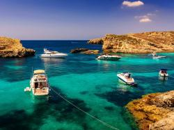 Boats turquoise water Wallpaper in 1280x960 Normal