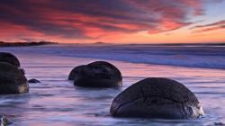 Moeraki Boulders New Zealand Wallpaper