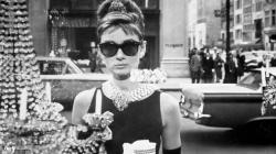 breakfast at tiffanys audrey wallpaper