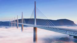 ... bridge wallpapers 8 Fog Blowing under the Millau Viaduct ...