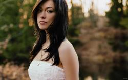 View: Olivia Wilde Brunette wallpapers and stock photos