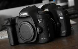 canon eos 5d mark II versus mark III dslr body