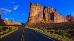 Canyon Road Wallpaper