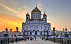 The history of the Cathedral begins on December 25, 1812. This was the day that the last soldiers of Napoleons' 600,000 man army were driven out of Russia.