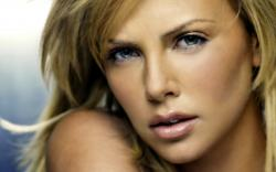 Charlize Theron 16 Thumb