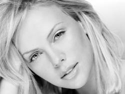 Charlize Theron Wallpaper-6