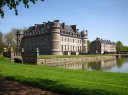 The Château de Beloeil is an impressive building but it is hidden from view of the main road. Luckily, as we passed through the village, ...