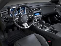2016 Chevrolet Camaro interior dashboard luxury