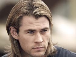 Chris Hemsworth Hd Background 9