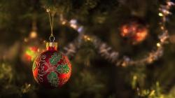 Spruce Fir Tree New Year Christmas Ball
