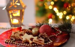 Holiday Christmas New Year Cookies Dish Baking Balls Cones Lantern Lights