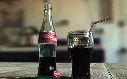 DOWNLOAD: coca cola bottle cup free picture 2560 x 1600