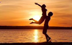 Couples At Sunset/Romantic Couples Wallpapers