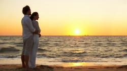 Couple In Love At Sunset wallpaper