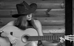 Cowgirl play Guitar