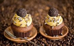 Cupcakes Candy Chocolate Cream Yellow Dessert Coffee
