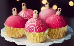 Dessert Cupcakes Christmas Balls Food Holiday Sweets Bokeh