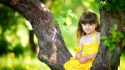 Cute Baby Girl Wallpaper HD Free Download