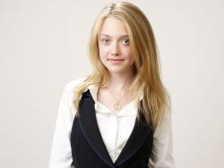 Dakota Fanning HD Wallpapers-1