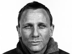 Daniel Craig new pics ...