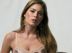 Doutzen - doutzen-kroes Wallpaper