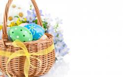 Cute Easter Basket Wallpaper