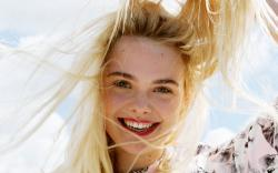beautiful elle fanning widescreen high resolution wallpaper