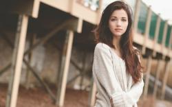 Beautiful Emily Rudd
